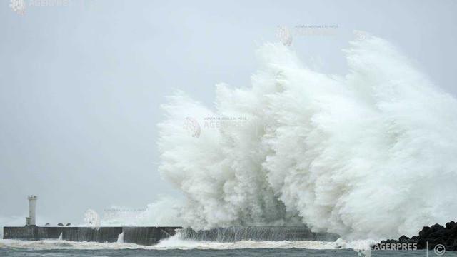 Japonia - O persoană decedată; mai multe provincii evacuate la apropierea taifunului Hagibis