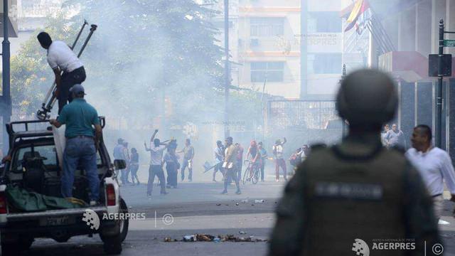 Ecuador: Valul de violenţe îndepărtează perspectiva dialogului