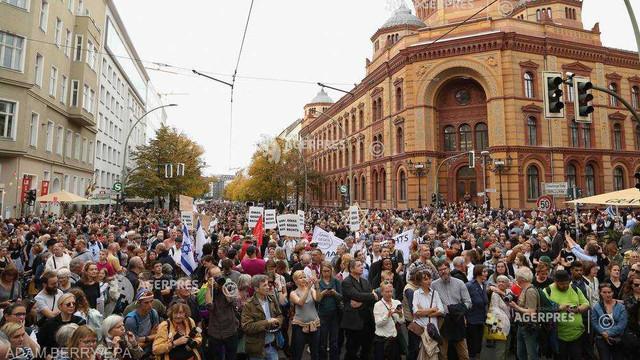 Germania: Mii de persoane la un miting la Berlin împotriva antisemitismului și violenței de extremă dreapta după atacul de la Halle