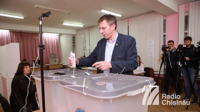 Dorin Chirtoacă și-a exercitat dreptul la vot