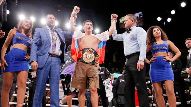 Box: Rusul Dmitri Bivol și-a păstrat titlul WBA la categoria semigrea