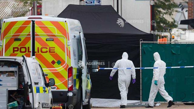 Marea Britanie: Poliția caută doi frați nord-irlandezi în ancheta privind moartea celor 39 de migranți