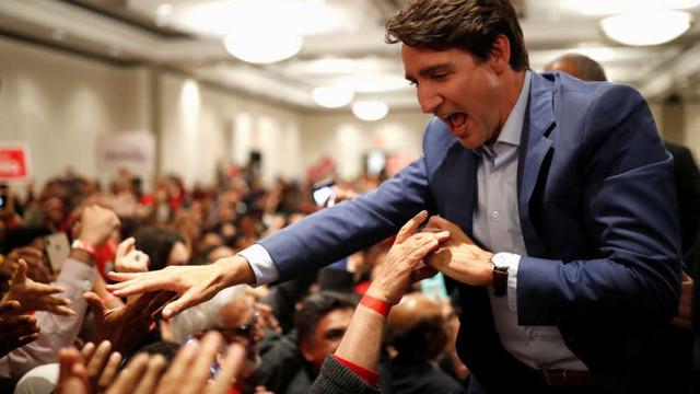 Canada: Trudeau, nevoit să poarte o vestă antiglonţ în timpul unui miting (media)