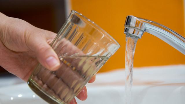 Sistări de apă în capitală și într-o suburbie