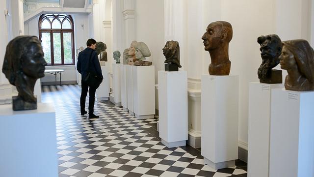 80 de lucrări de gravură contemporană au fost expuse la Muzeul Național de Arte, în cadrul Bienalei Iași – Chișinău