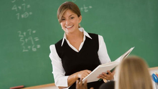 Promovarea imaginii profesorului poate influența pozitiv sistemului educațional, discuții