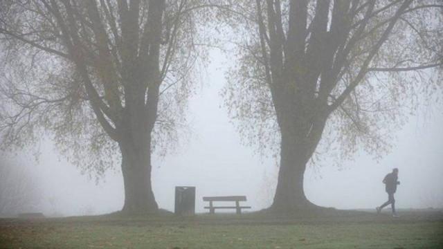 Vremea se răcește, iar Codul Galben de ceață pe întreg teritoriul țării se menține