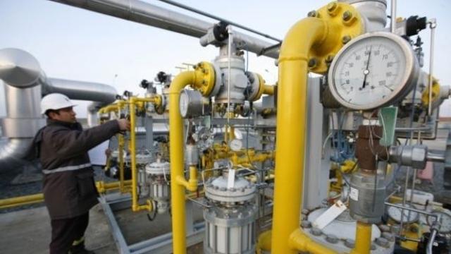 EXPERȚI: Ca să nu nimerim într-o situație de criză, soluția alternativă ar fi inversarea fluxului de gaze pe coridorul transbalcanic