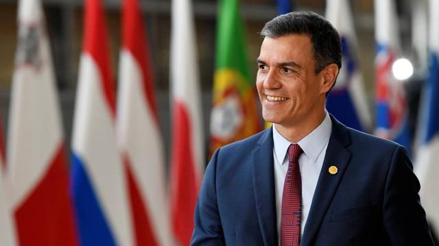 """Pedro Sanchez a solicitat în mod public autorităților din Catalonia să """"condamne în mod clar"""" violențele din această regiune"""