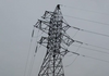 Zeci de localități au rămas fără curent electric din cauza vântului puternic