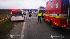 Slovacia: Cel puţin 13 morţi şi 20 de răniţi într-un accident rutier în vestul ţării