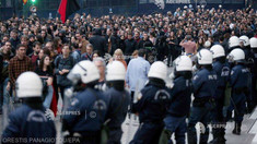 Grecia: 28 de arestări în urma unor violenţe în timpul manifestaţiei de marcare a revoltei studenţeşti din 1973