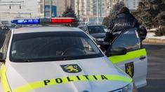Trei polițiști au fost reținuți pentru luare de mită