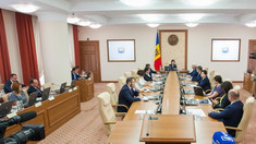 Guvernul se întrunește mâine în ședință, la ora 8:00, cu două ore înainte de ședința Parlamentului