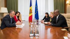 Premierul Ion Chicu, aflat în a patra zi a mandatului său, a avut întrevederi cu mai mulți oficiali străini