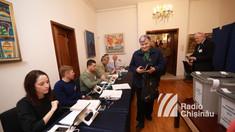 Alegeri prezidenţiale România | Care este prezența la urnele de vot la Chișinău, la închiderea secțiilor, în prima zi
