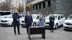 Peter Michalko a înmânat cheile a șapte automobile donate de UE, care vor ajunge în raioane pentru dezvoltarea serviciilor sociale
