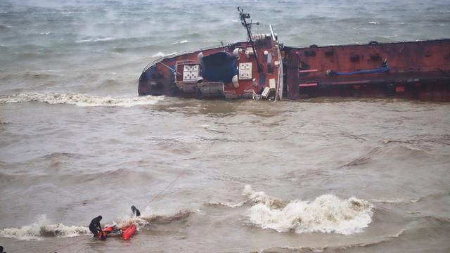 Nava sub pavilion moldovenesc care a eșuat lângă Odesa a fost exclusă din Registrul de Stat al Navelor din R.Moldova