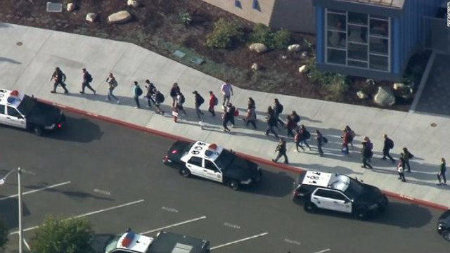 SUA | Doi adolescenți au murit după ce un coleg a tras în 5 elevi, apoi s-a împușcat. Atacul a durat 16 secunde și a fost filmat