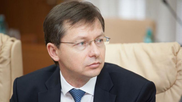 Veaceslav Negruța: Declanșatorul demiterii Guvernului a fost miza mare a lui Dodon de a prelua controlul asupra procurorului general. Dezbateri IPN
