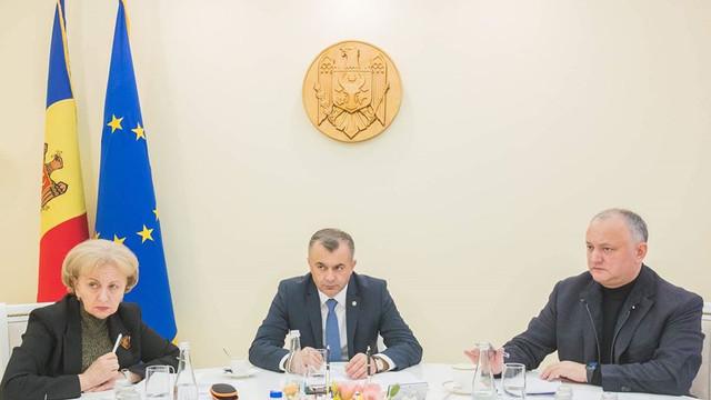 """OPINIE   Ședințele convocate de președinte cu premierul și speakerul depășesc cadrul constituțional. """"Igor Dodon se conduce de arhetipul șefilor de stat din Belarus, Rusia"""""""