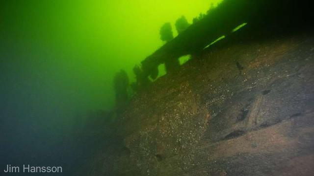 Epavele a două nave de război datând probabil din secolul al XVII-lea, descoperite în apropiere de Stockholm