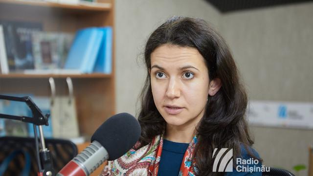 """Olesea Stamate califică drept """"PR ieftin"""" opțiunile anunțate de Igor Dodon pentru anularea contractului de concesionare a Aeroportului și spune care ar fi """"unica soluție viabilă"""