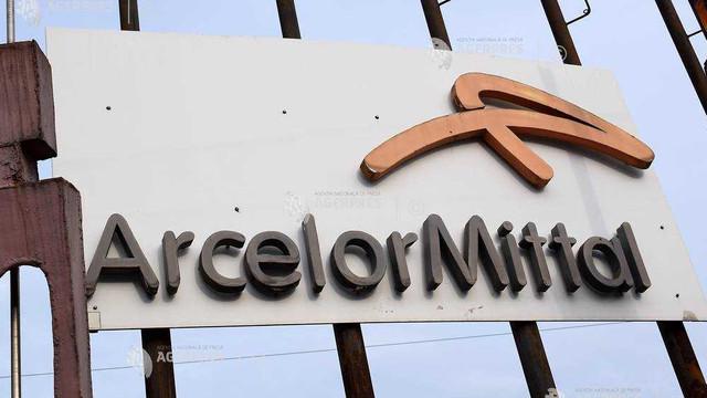 Guvernul italian contestă în justiţie decizia ArcelorMittal de a renunţa la preluarea oţelăriei Ilva