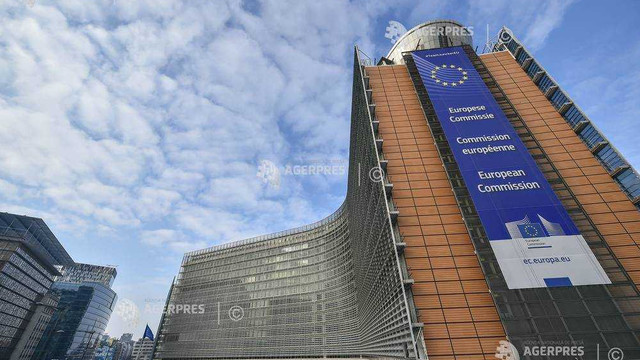 Moneda euro se bucură de un sprijin record din partea cetățenilor europeni (Eurobarometru)