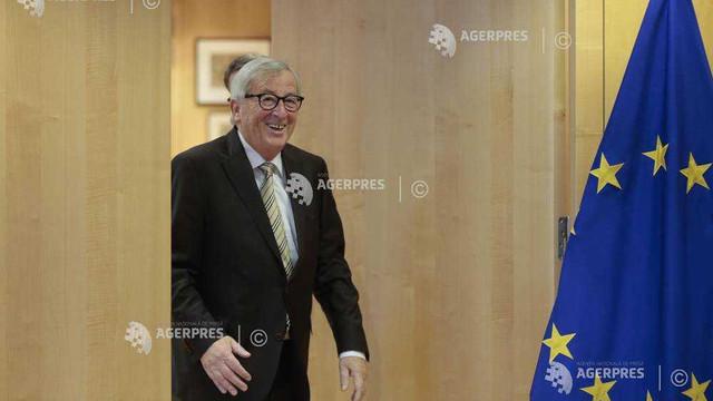 Juncker a revenit la birou după intervenția chirurgicală