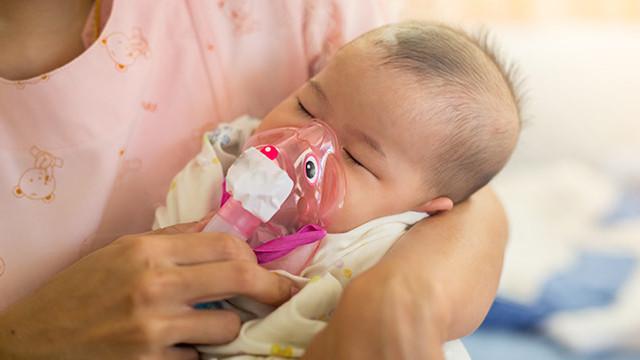 UNICEF | La fiecare 39 de secunde, un copil moare din cauza pneumoniei. Cum poate fi prevenită boala