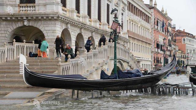 Veneția se confruntă cu cele mai grave inundații din 1966