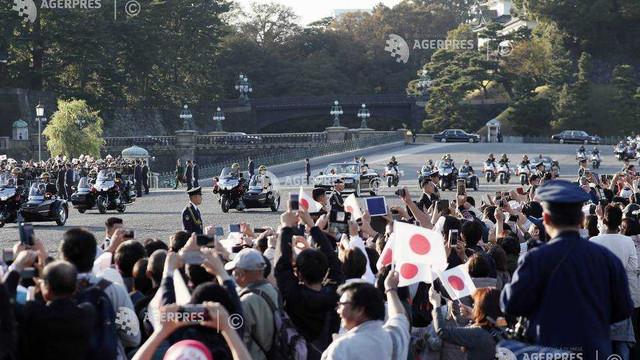 Sărbătoare populară în Japonia: prima paradă a noului cuplu imperial