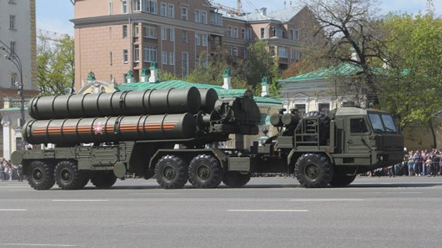 Rusia are încă un client important pentru sistemele antiaeriene S-400. Producția a început, iar plata a fost făcută în avans