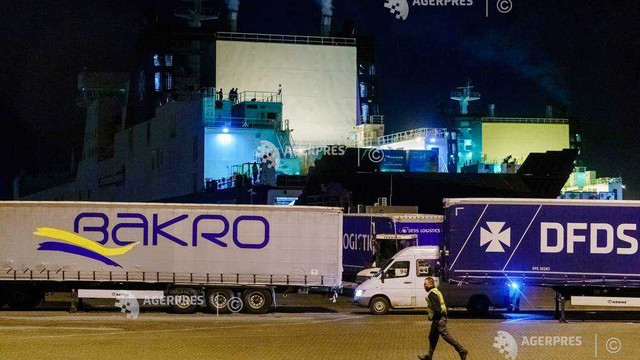 Olanda: 25 de migranţi au fost descoperiţi într-un container frigorific pe un feribot spre Marea Britanie