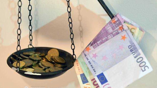UE a înregistrat un deficit al balanței comerciale de cinci miliarde de euro, în septembrie