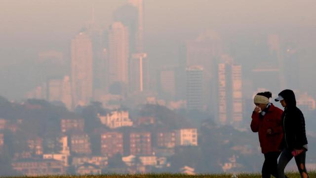 Ceaţă toxică în Sydney. Oamenii au fost sfătuiţi să nu iasă din casă