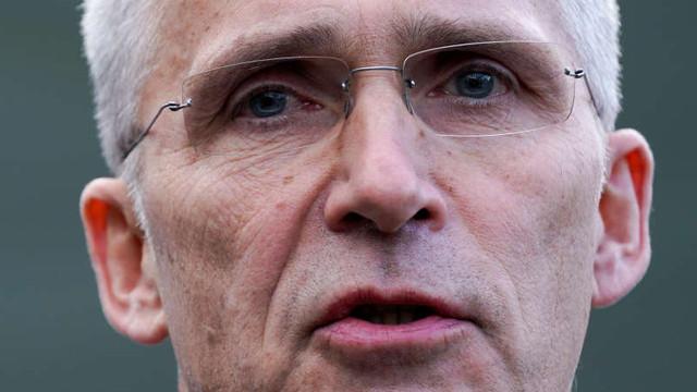 Secretarul general al NATO se va deplasa la Paris ''pentru a înţelege mai bine criticile'' lui Macron