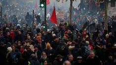 A şasea zi de greve în Franţa