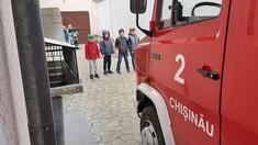 FOTO | Copiii de grădiniță au învățat, direct de la pompieri, cum să reacționeze corect în caz de incendiu
