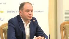 Primarul Capitalei, Ion Ceban, pleacă în concediu pentru a-l susține pe Igor Dodon în campania electorală