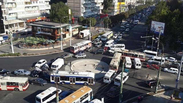 Sensul giratoriu de la Râșcani va fi lichidat. S-a găsit soluția pentru fluidizarea traficului rutier