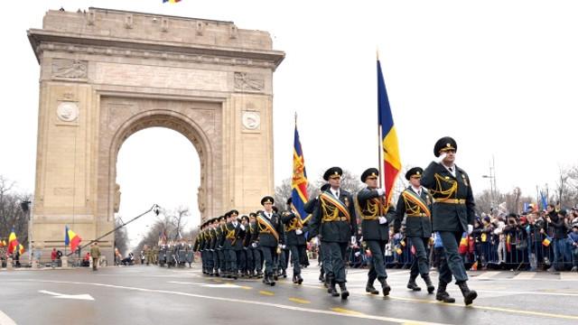Garda de Onoare a Armatei Naţionale a R.Moldova va defila la parada militară de 1 decembrie, la București
