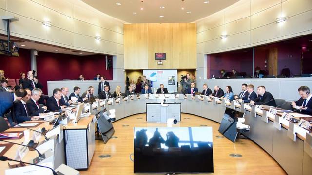 Rusia şi Ucraina desfăşoară la Viena convorbiri pe tema gazelor