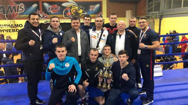 """Doi pugiliști din R.Moldova au câștigat turneul """"Golden Glove"""" din Serbia"""