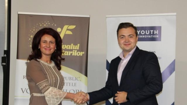 """Cei mai activi voluntari au fost premiați în cadrul """"Festivalului Voluntarilor - 2019"""""""