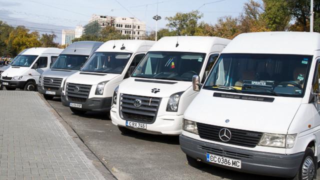 Operatorii de maxi-taxi din capitală înaintează repetat un demers de majorare a tarifului