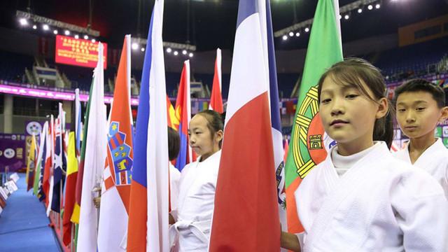 Denis Vieru și Victor Sterpu au evoluat la Mastersul din China