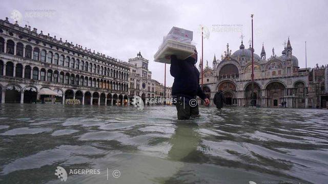 Furtuni violente în Italia - Veneţia, vizată de o nouă alertă de inundaţii