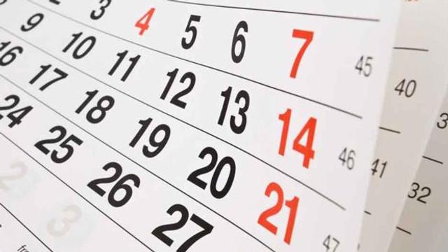 Bugetarii vor avea două mini-vacanțe suplimentare: la începutul anului și la sfârșitul lunii august